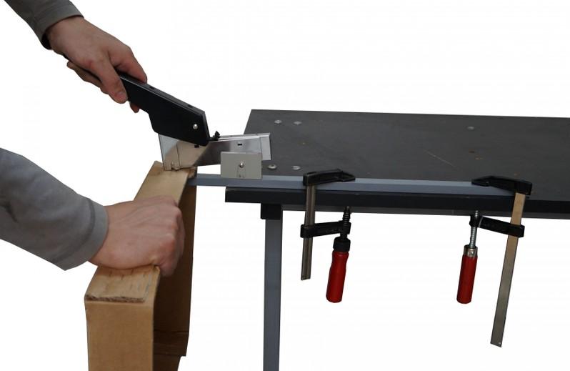 Paperfox TG-2 carton box stitching machine